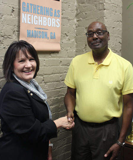 Mayor Fred Perriman and Cindy England of Habitat