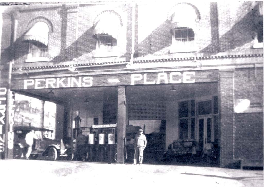 Perkins Place gas station c.1926